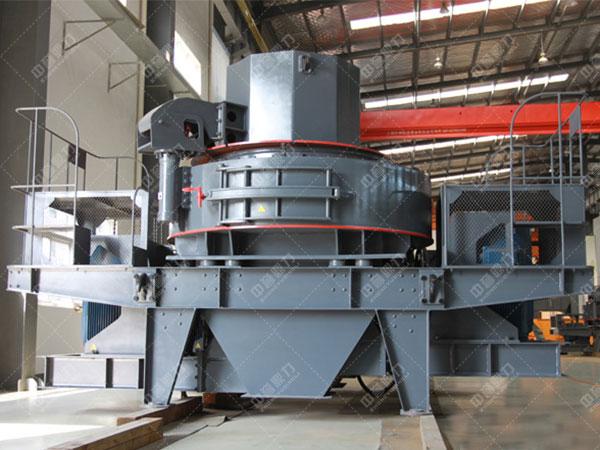 河卵石制砂机使用调节设备来调节矿井出口的大小